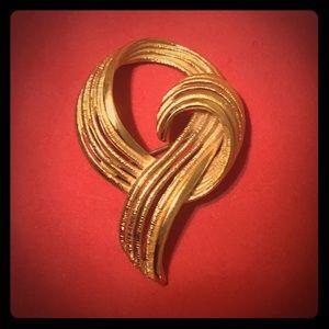 Vintage Gold Monet Brooch / Pin